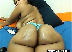 Juicy Girl porn tube - black on black porn