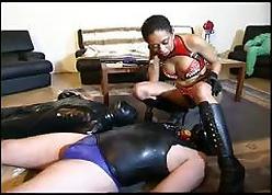 Hot femdom bringing off upon the brush slaves